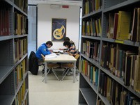 zona studio della biblioteca 2
